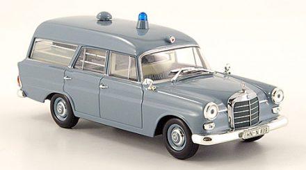 Mercedes-190-W110-Krankentransportwagen1