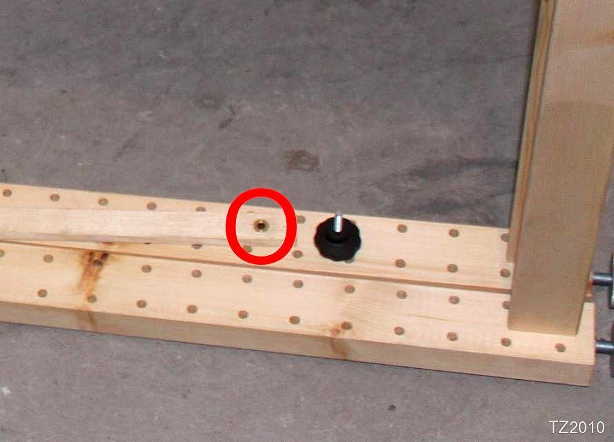 Messingbuchsen verhindern das Ausleiern der Bohrlöcher.