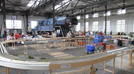 Versammlung der Arge Spur Null im Bahnpark Augsburg