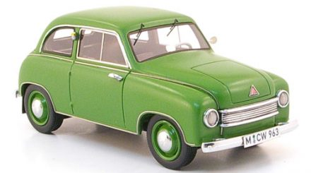 Der Lloyd LS 300 in mattem Grün