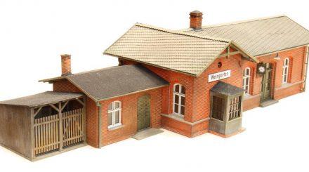 Bahnhof Weingarten als Kartonmodell von Stangel