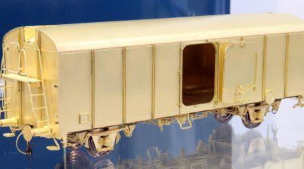 Brassline UIC Kühlwagen Epoche 3 mit beweglicher Schwenktür