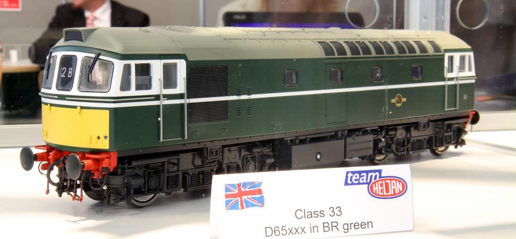 Heljan Class33 Green