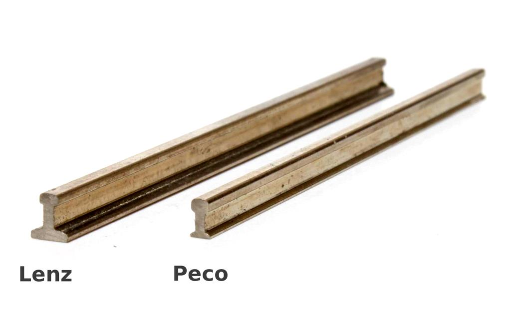 Lenz und Peco Gleise im Vergleich