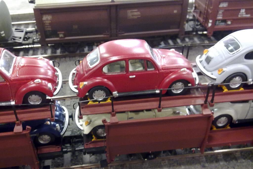 Ob eine Anpassung der Keile nötig ist, hängt vom verladenen Automodell ab.