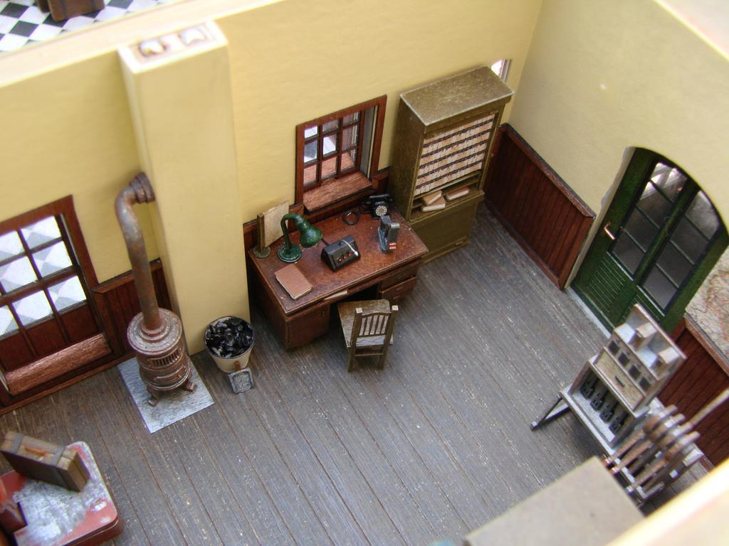 inneneinrichtung f r bahnh fe spur null magazin. Black Bedroom Furniture Sets. Home Design Ideas