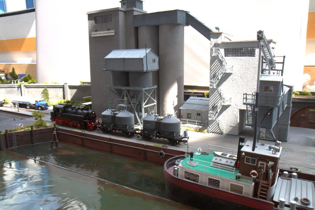Hafenanlage von Wilhelm Blumerski
