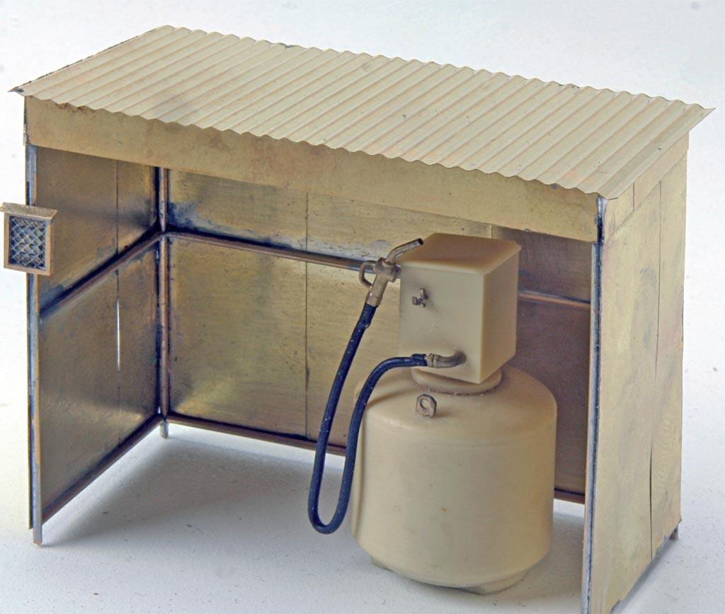 Der Unterstand kann auch als Regenschutz für eine Tankstelle dienen