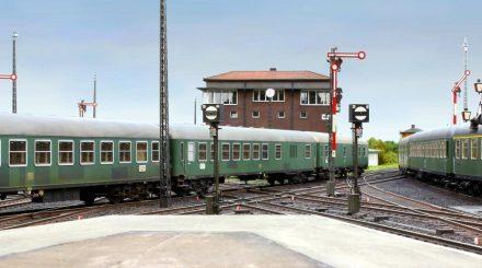 D-Zugwagen mit neuem Wagenkasten und vielen Zurüstteilen