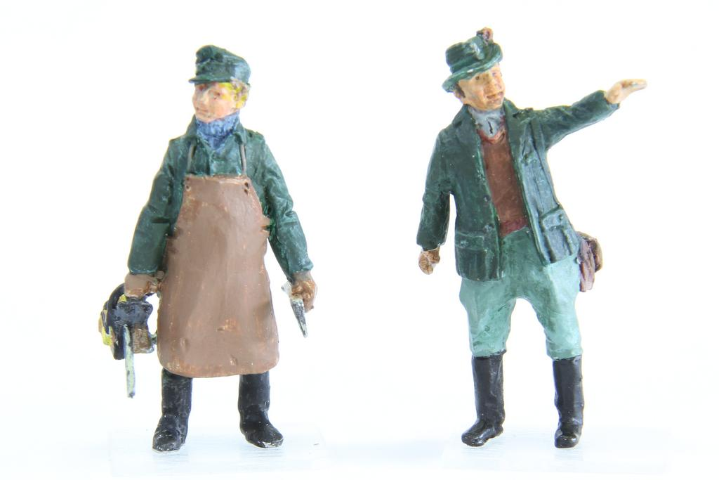 Addie Förster und Waldarbeiter