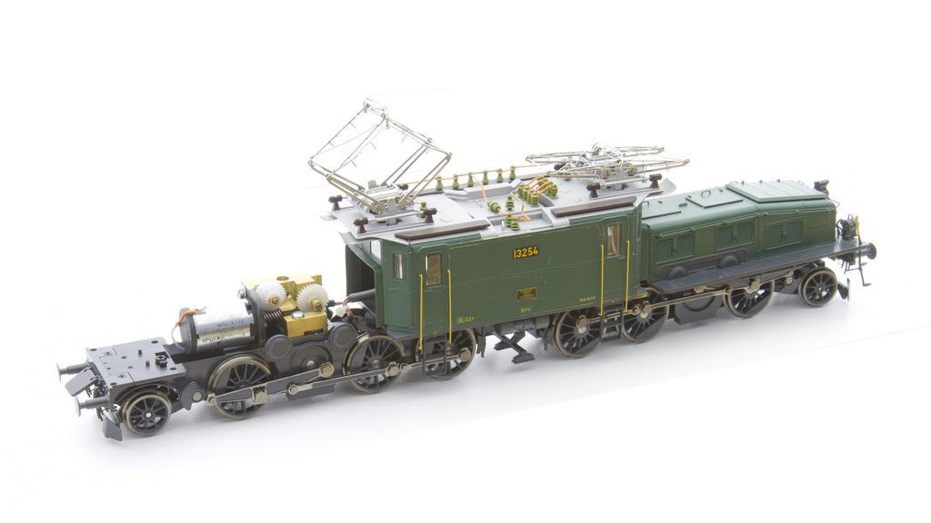 M.T.H . Krokodil mit Getriebe und Motor von Hermann