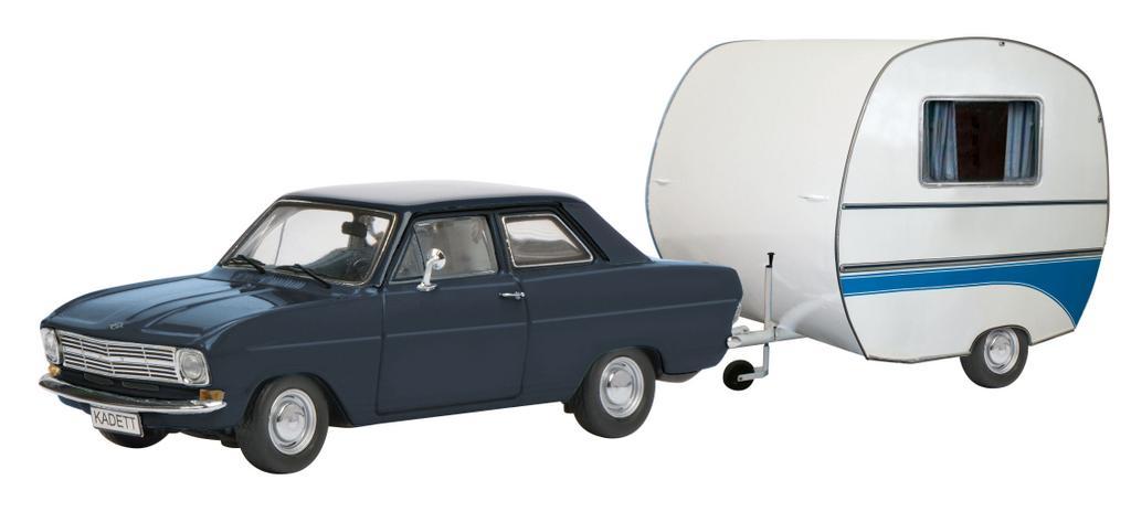 Opel Kadett B mit Wohnwagen