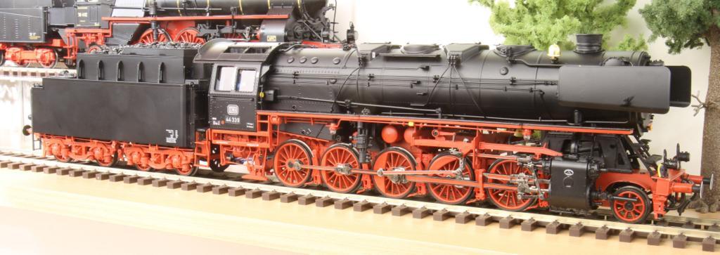 Baureihe 44 von M.T.H. / Busch