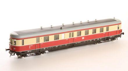 Krapp Dieseltriebwagen BR185 der DR
