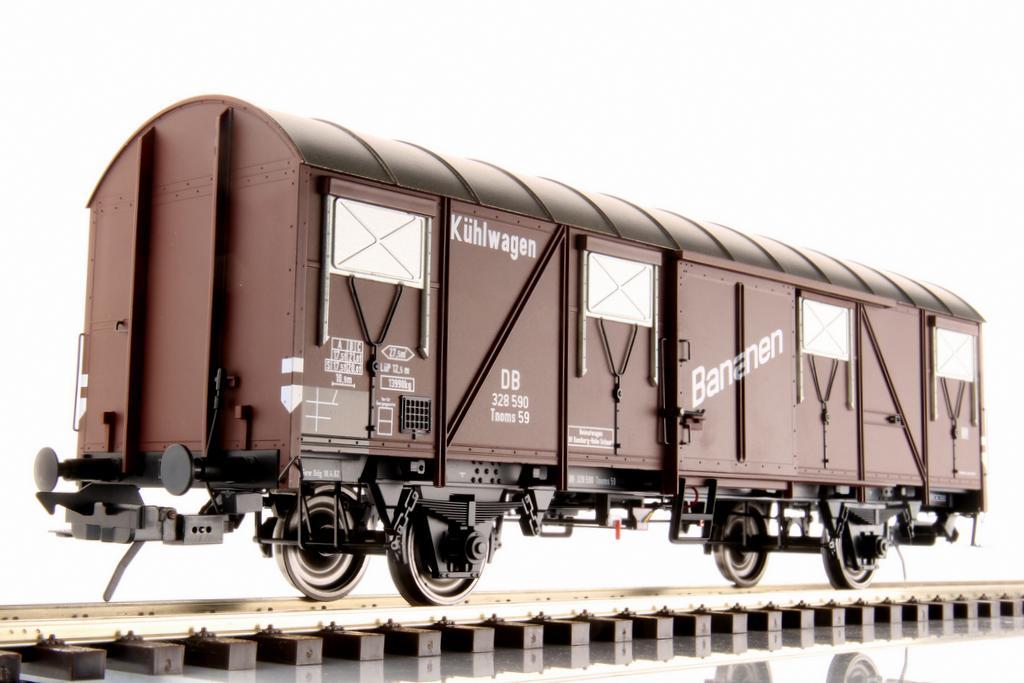 """Tnoms 59 Kühlwagen mit Aufschrift """"Bananen"""""""