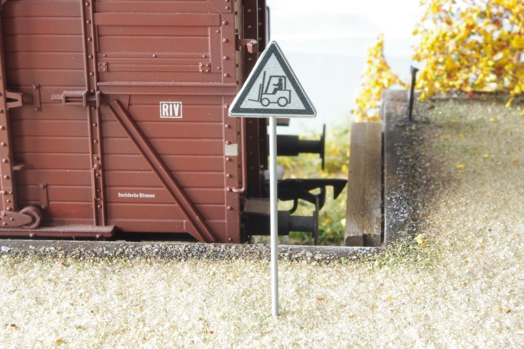 Schild Vorsicht Stapler