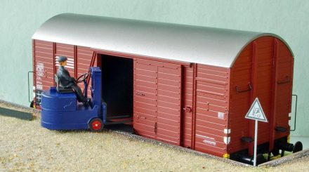 Gabelstapler Muli im Original von  Still, im Modell von Schnellenkamp