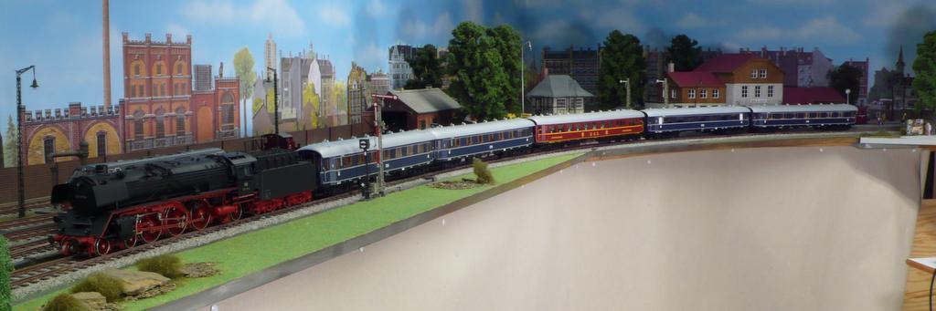 F Zug mit BR 01