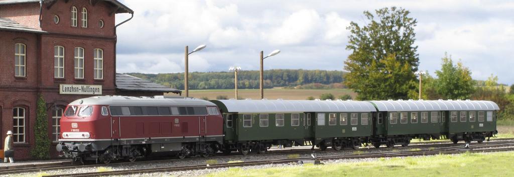 Lenz Zugset mit V 160 und zwei vierachsigen Umbauwagen