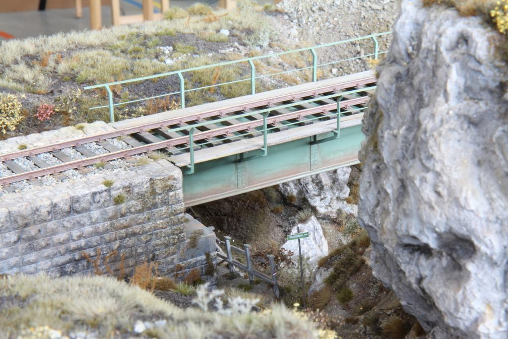 SSS2016__21_Sehr realistische Darstellung einer Stahlbrücke