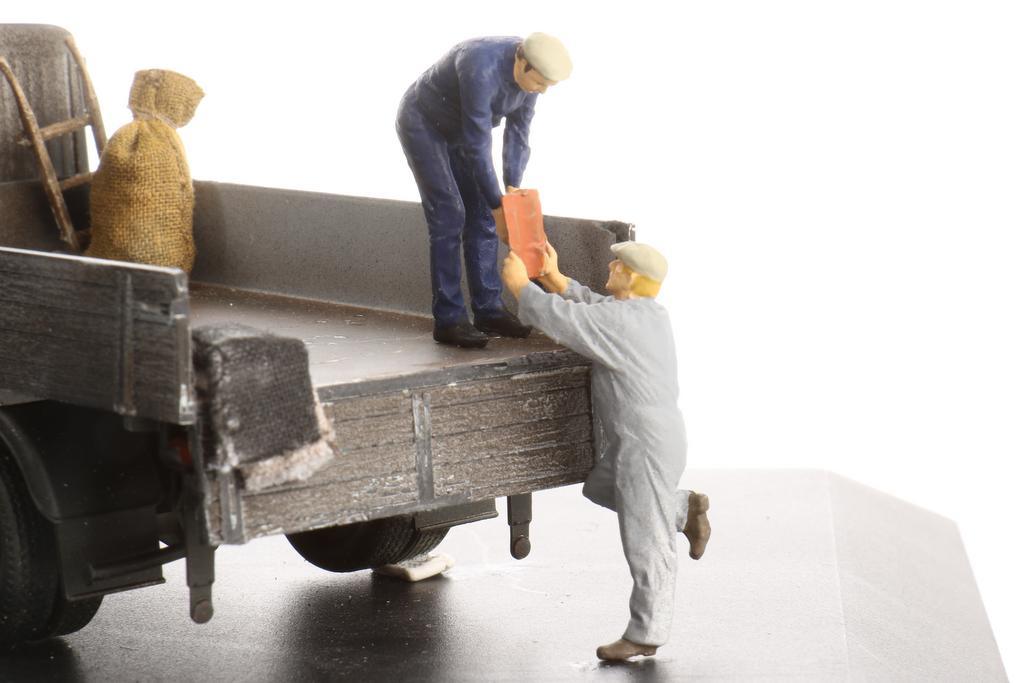 Hauser Arbeiter beim Anreichen
