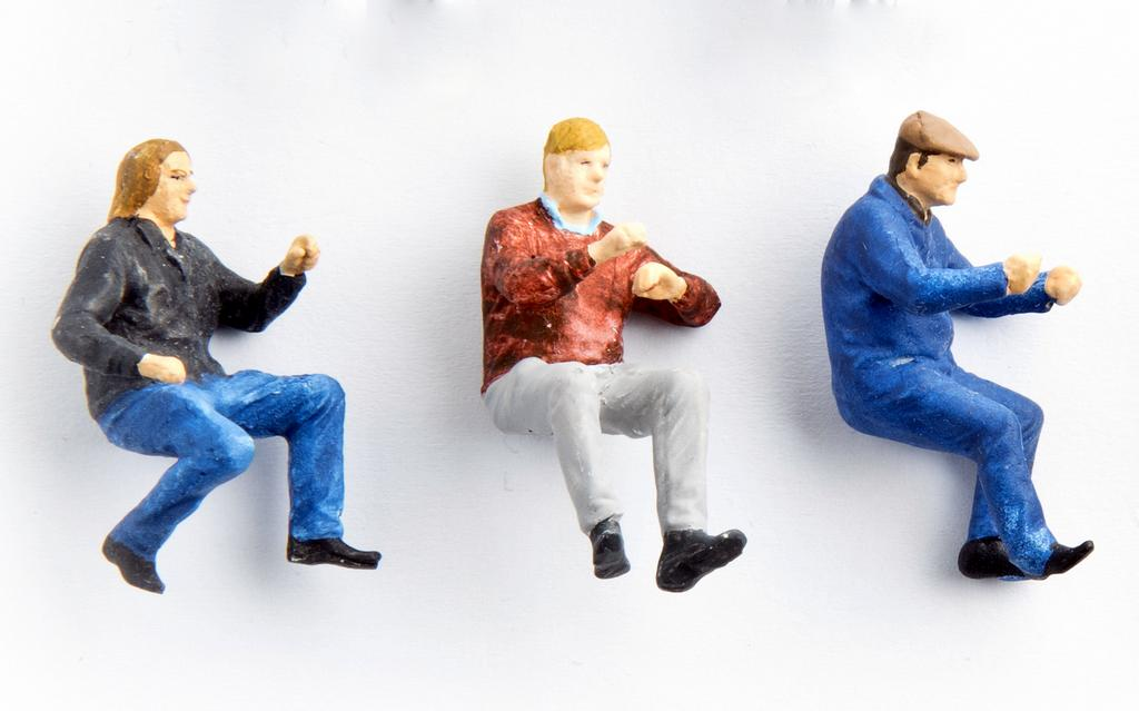 Hauser Figuren Sitzende, Fahrer