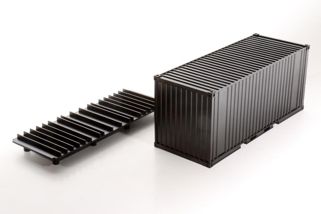 Spur Null Container mit separatem Unterboden