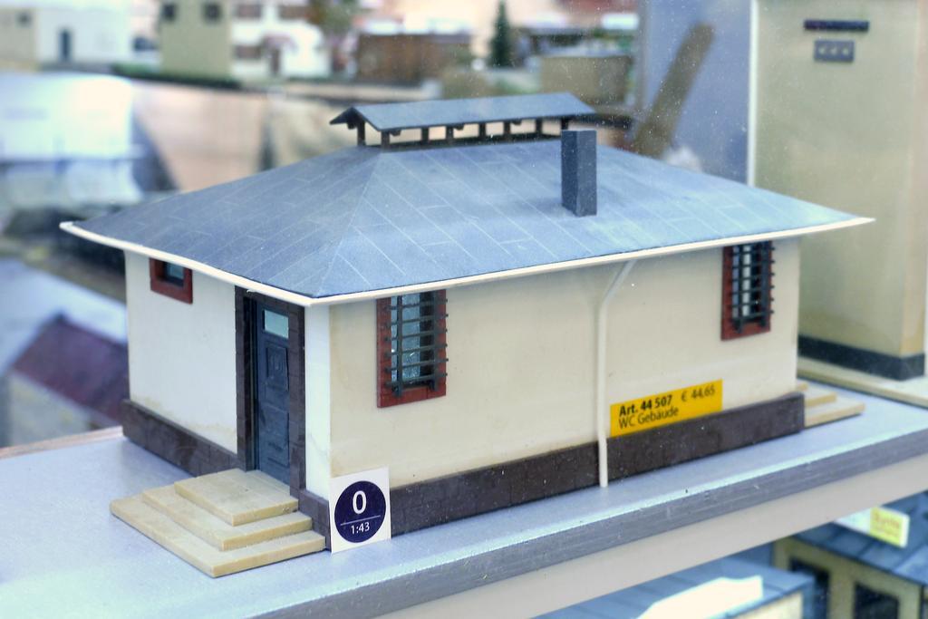 Luetke Toilettengebäude