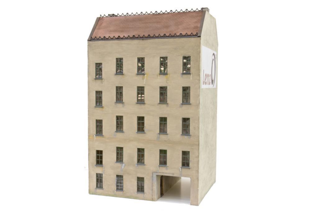 MKB Stadthaus Aus Der Gründerzeit Hinterhof Fassade