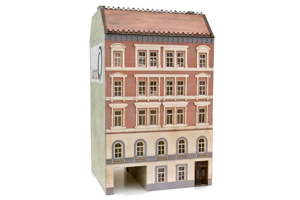 MKB Stadthaus aus der Gründerzeit Frontfassade
