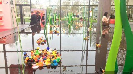 Begrüßung durch Gummientchen auf der Spielwarenmesse 2018