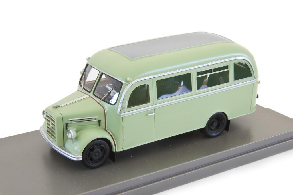 Borgward B 1500 D Bus der Britischen Rheinarmee Epoche III