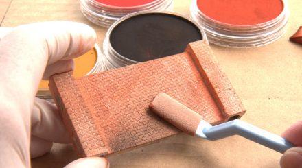 Pan Pastell zur Kolorierung von Ziegelmauern