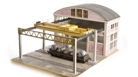 Halle mit Kranbahn