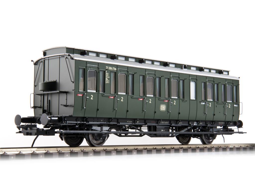 Zweiachsiger Preussischer Abteilwagen der DB Epoche III