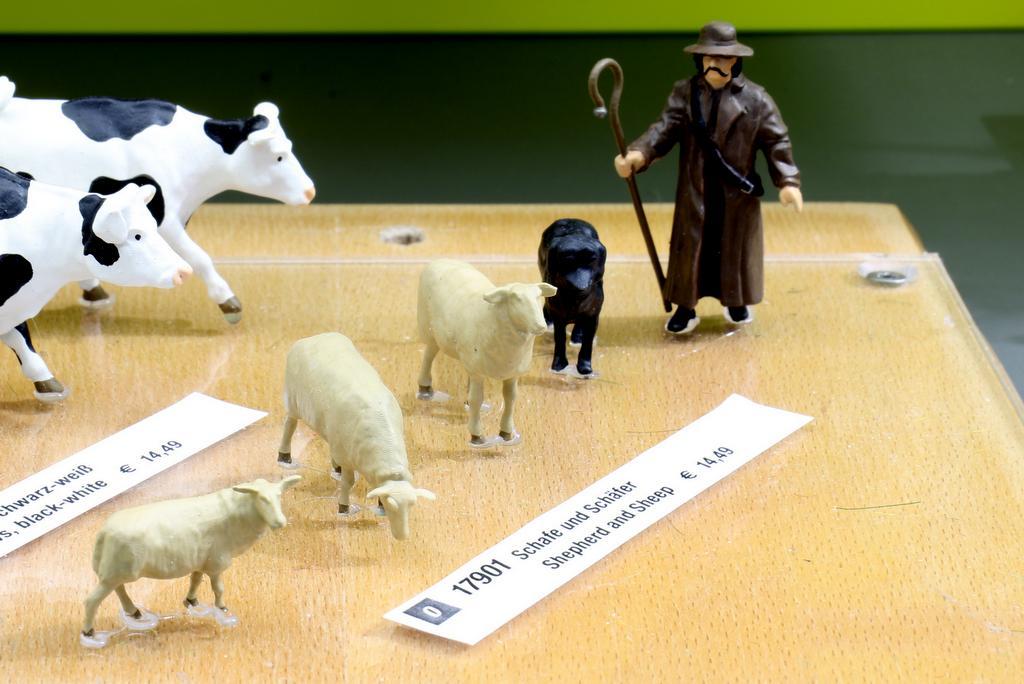 Noch Figuren Schafe und Schäfer