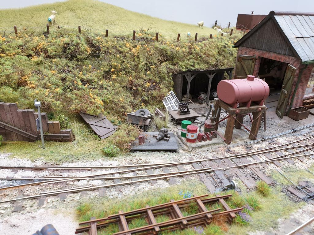 Worton Court Estate Railway_3