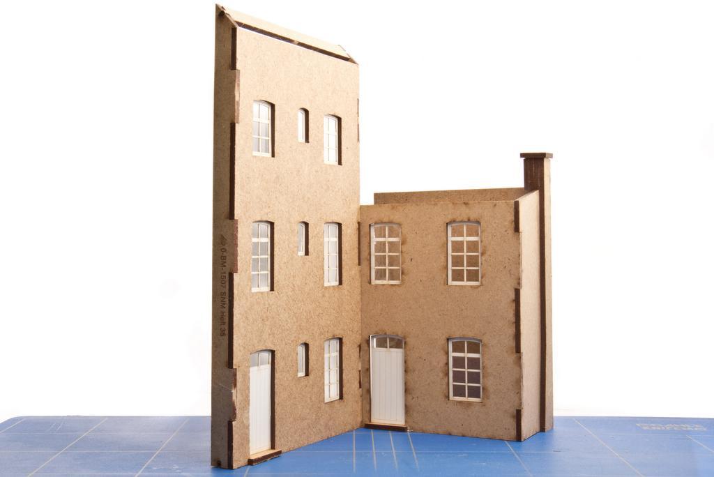 "Hintergrundgebäude ""Mietskaserne"""