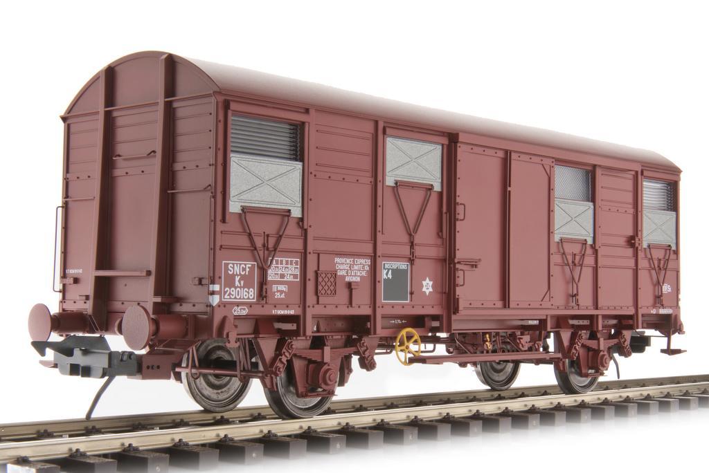 "Gs4-02 der SNCF, ""Provence Express"""