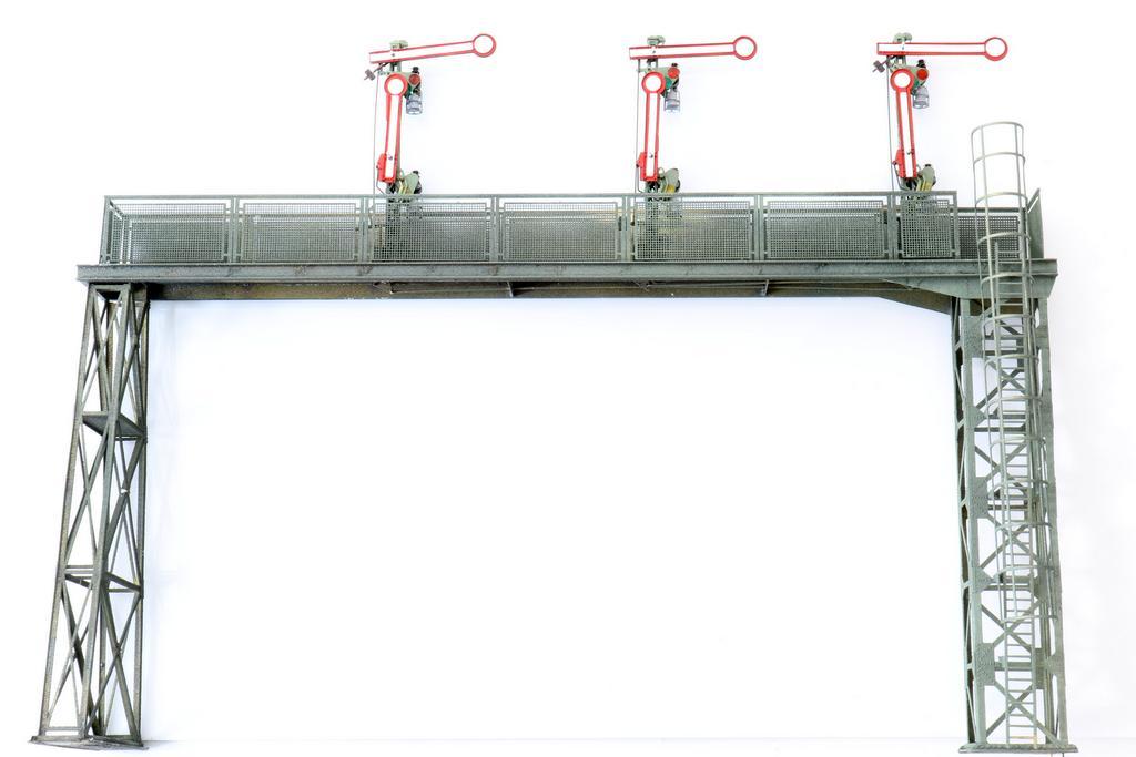 Signalbrücke von Moog