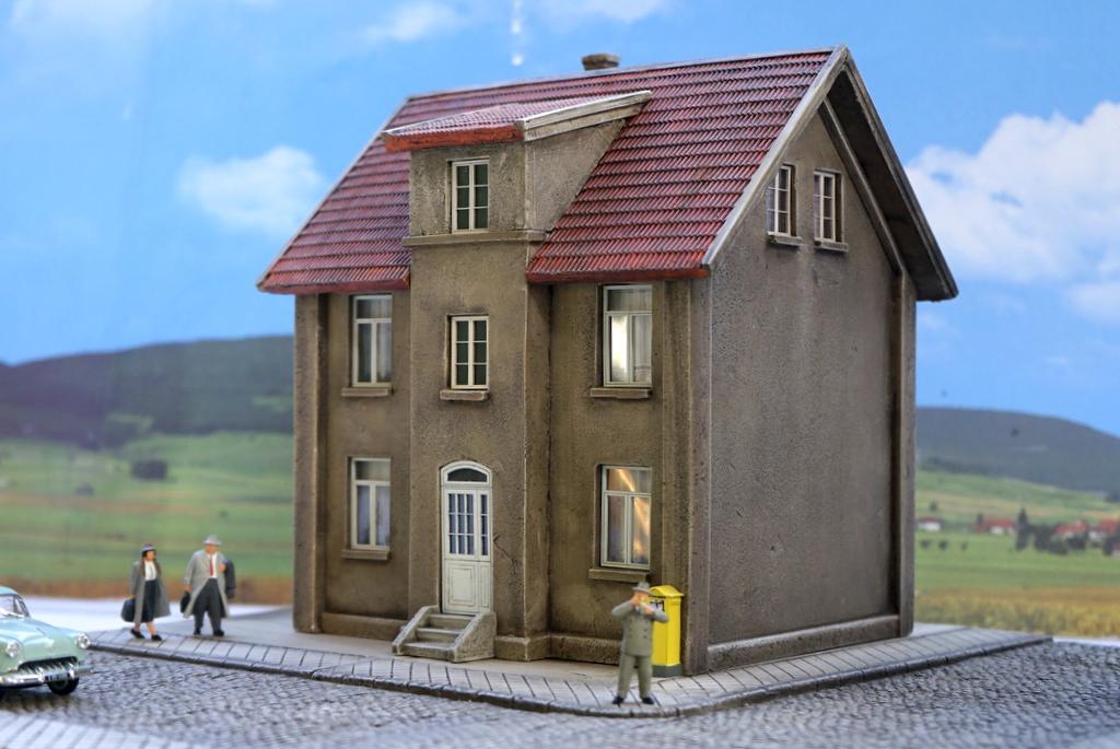 Waller Mietshaus mit Anbau